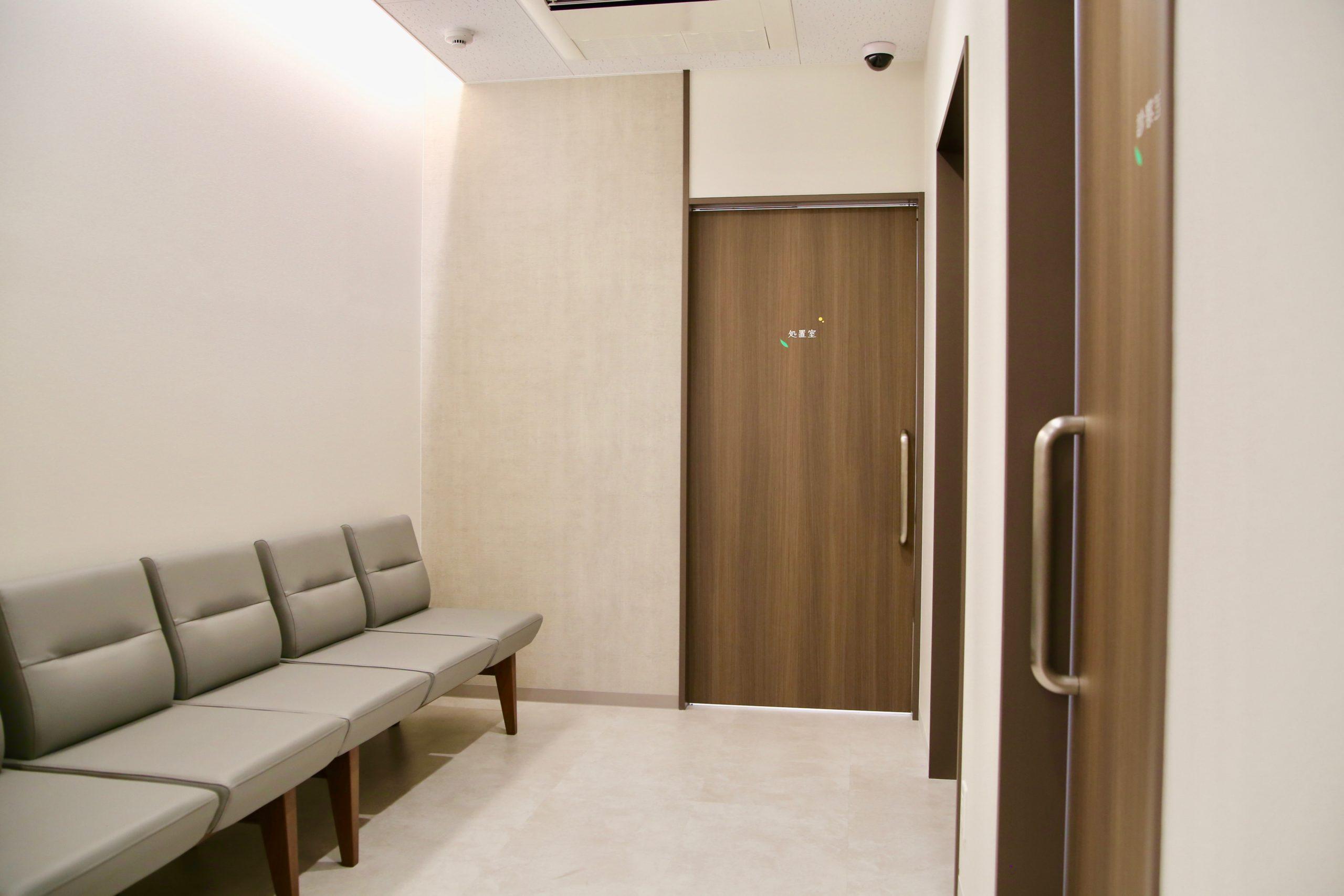 中待合室1